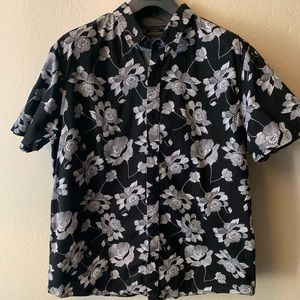 American Rag Black Floral Print S. Sleeve ButtonDn
